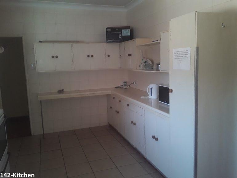 142-kitchen