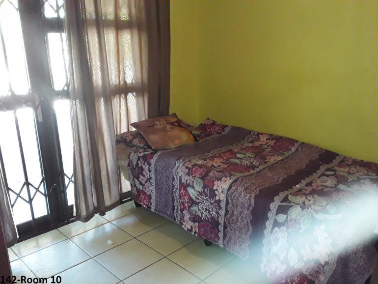 142-room 10