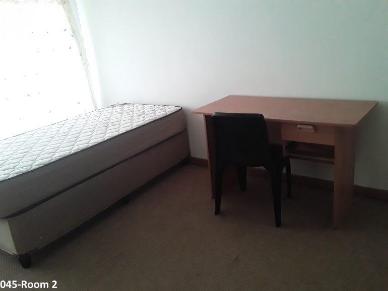 045-room 2