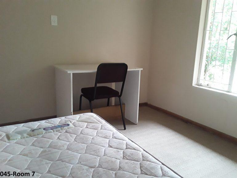 045-room7