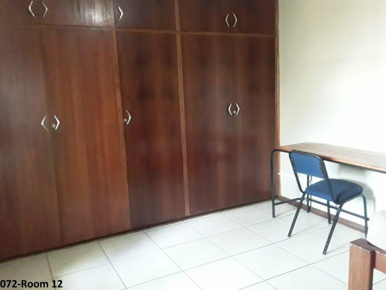 072-room 12..