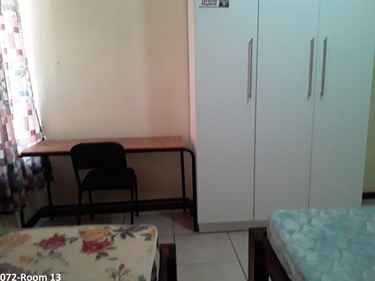 072- room 13.