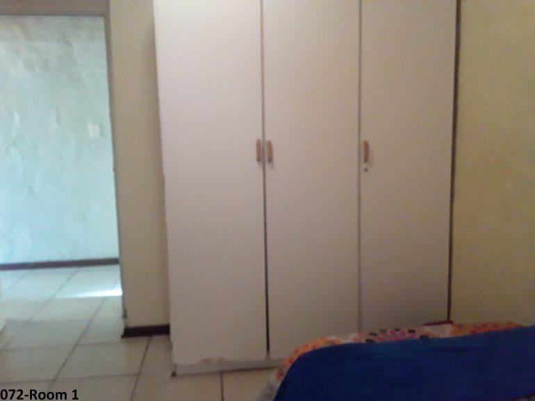 072-room1